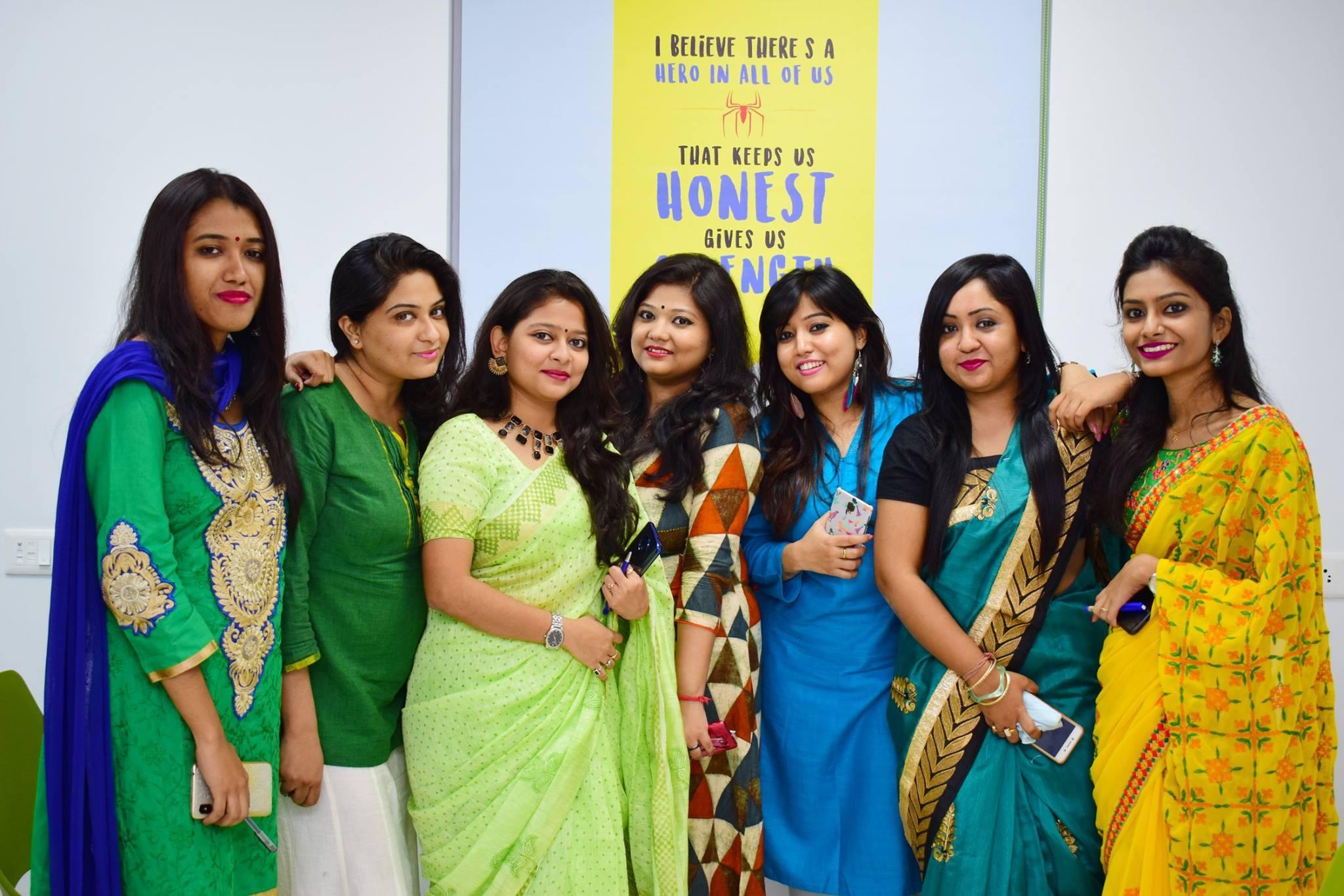 Team-APPSeCONNECT-celebrating-Diwali-2018